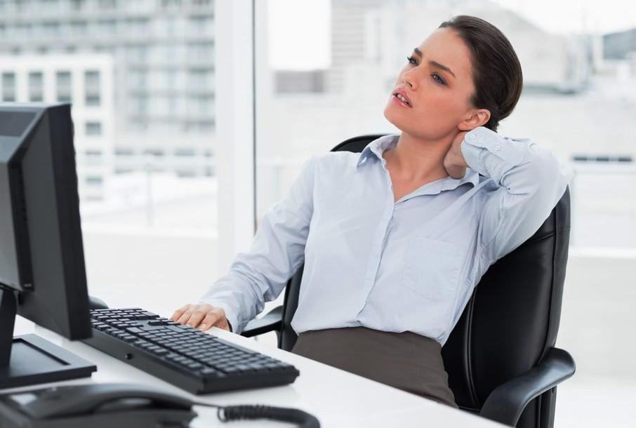 Badan Lelah Bekerja Depan Komputer, Lakukan Ini