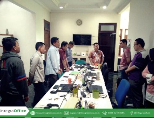 Standing Scrum Meeting Sebagai Sarana Koordinasi dan Komunikasi Antar Anggota Tim